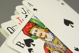 cards-684004__180